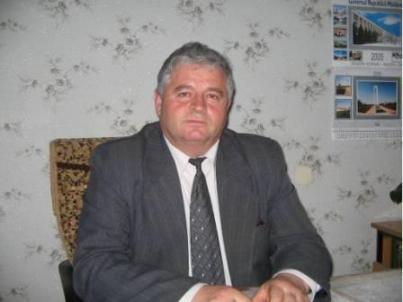 Виктор Дереш начальник Районного Управления Образования Молодёжи и Спорта
